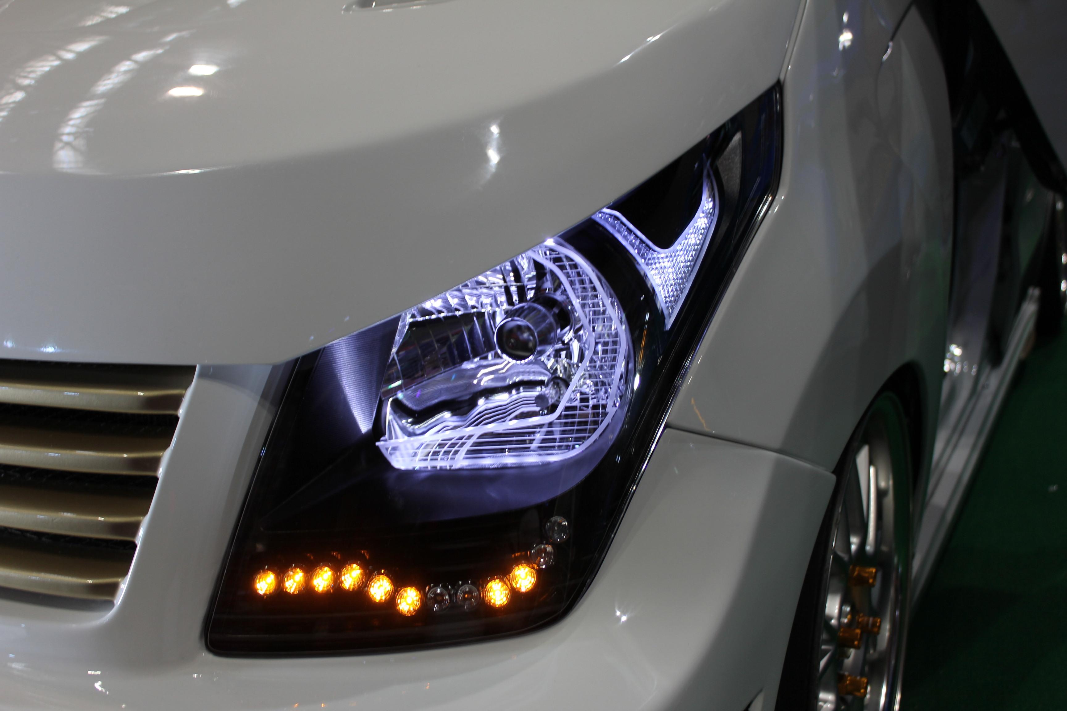 ワゴンR ヘッドライト アクリル加工