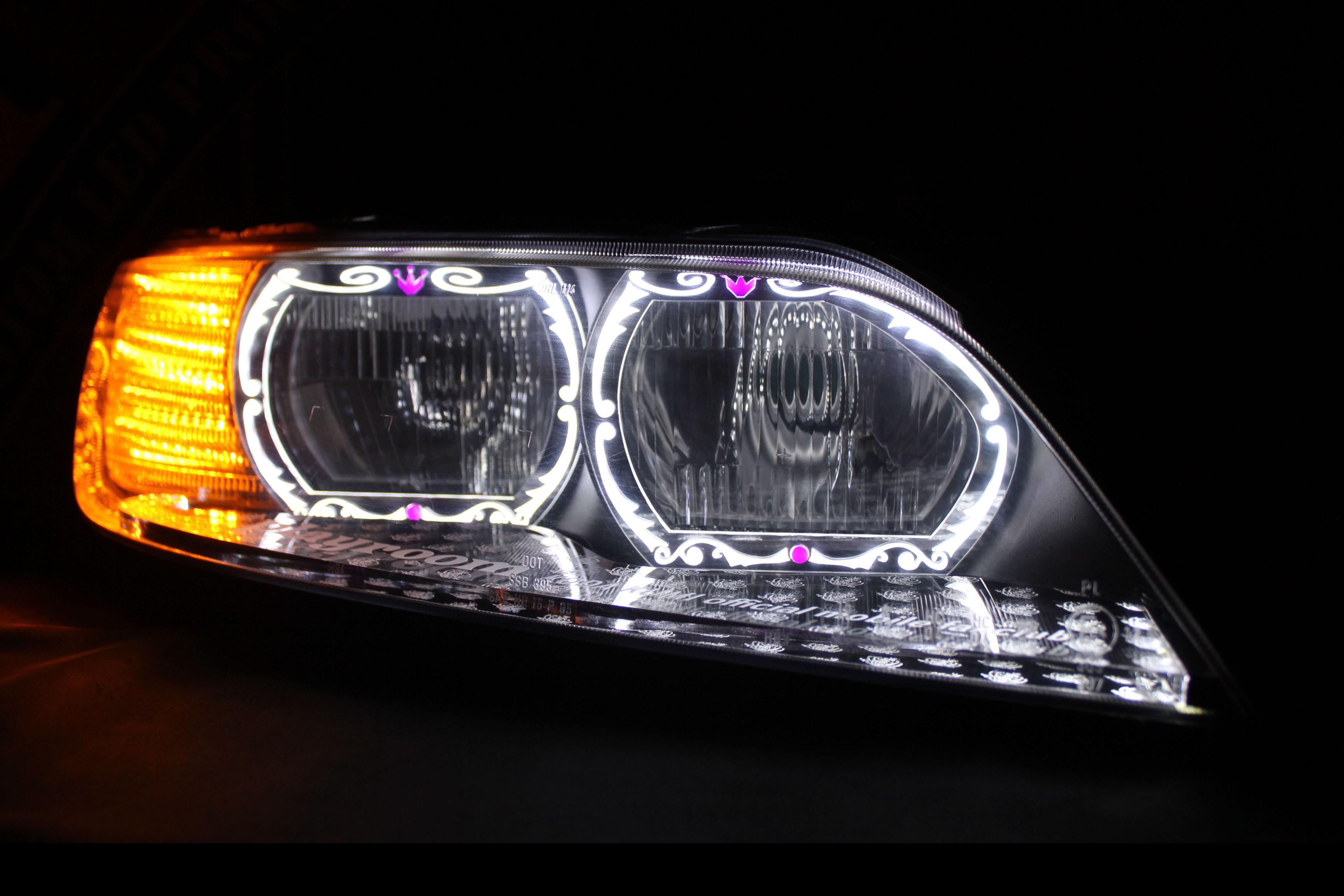 BMW ヘッドライト加工