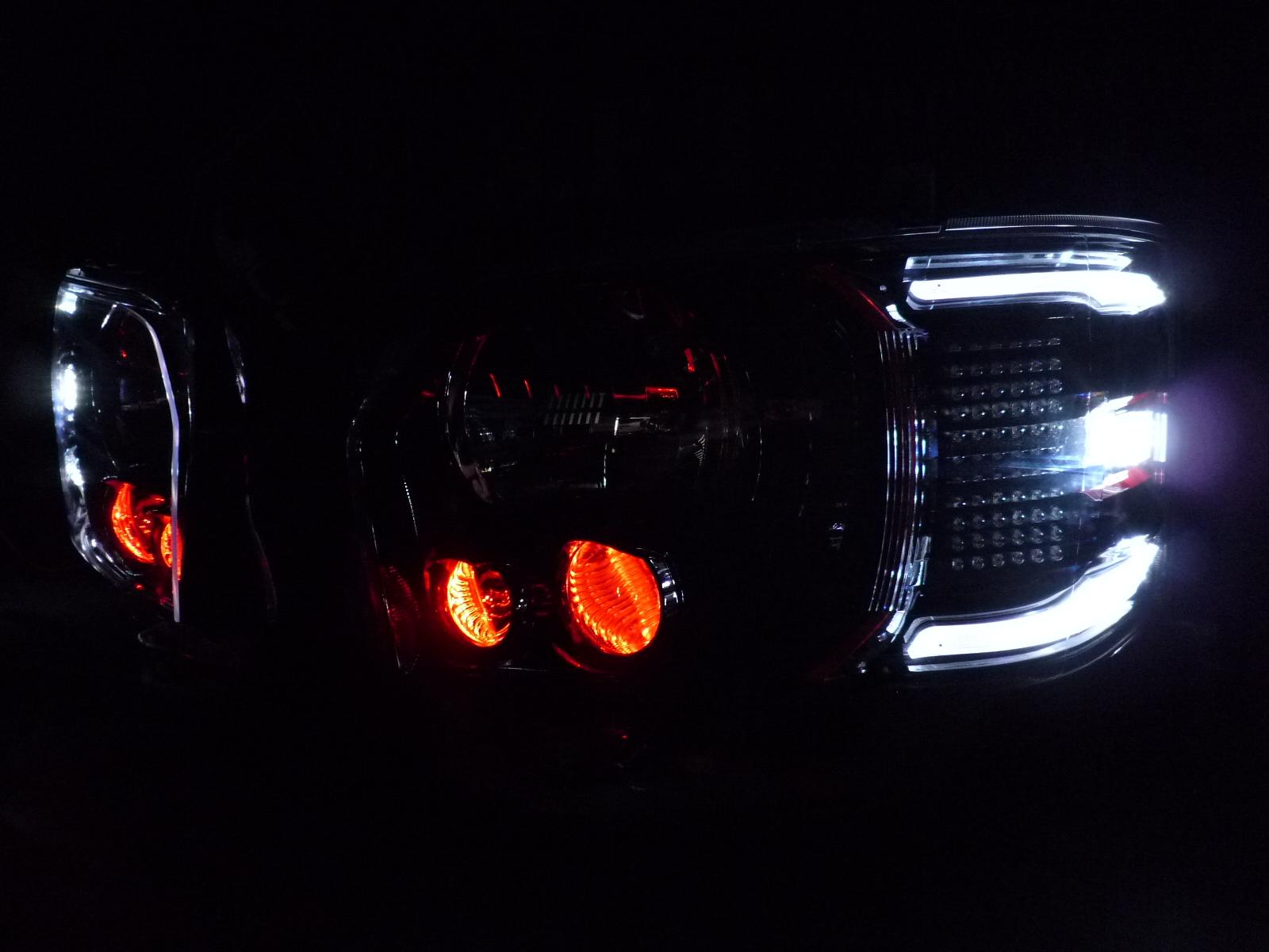 ハイエース ヘッドライト加工
