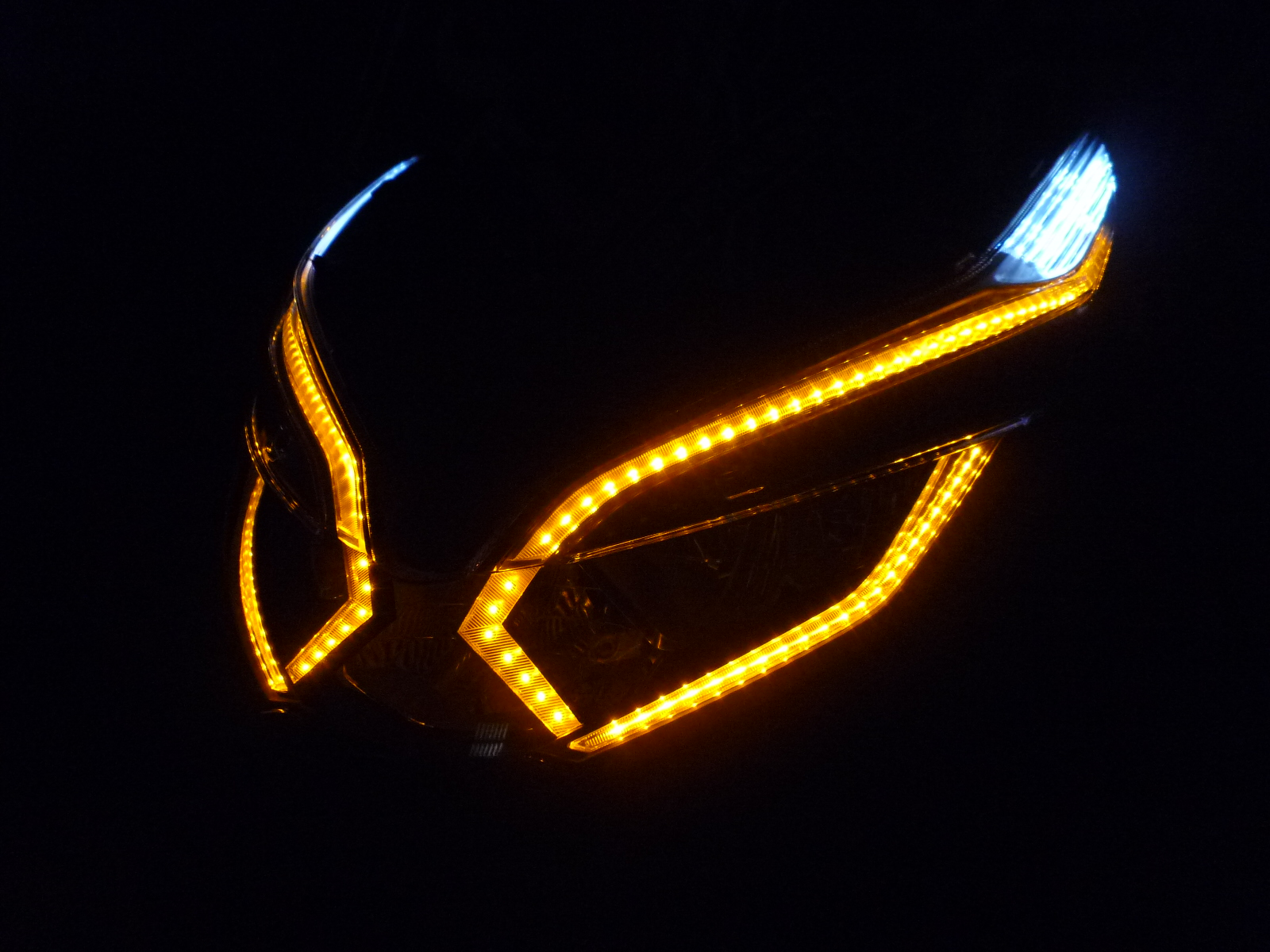 ホンダ PCX ヘッドライト加工