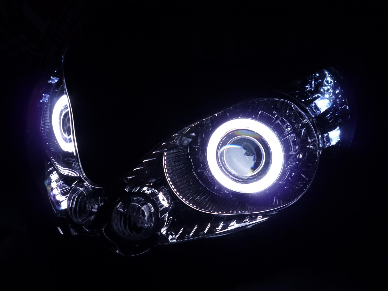 カワサキ 1400 GTR ヘッドライト加工